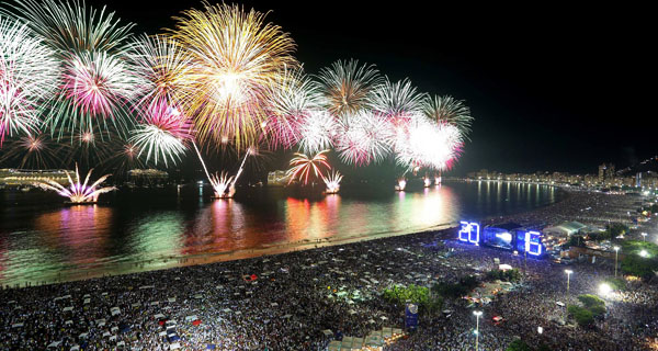 fuochi-artificio-copacabana-2016-b